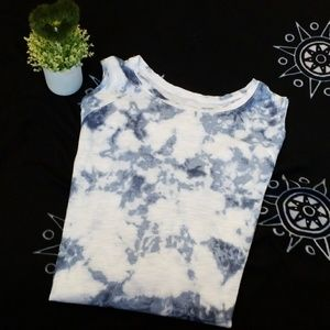 WOMENS HOLLISTER MUST HAVE COLLECTION SIZE L TOP .